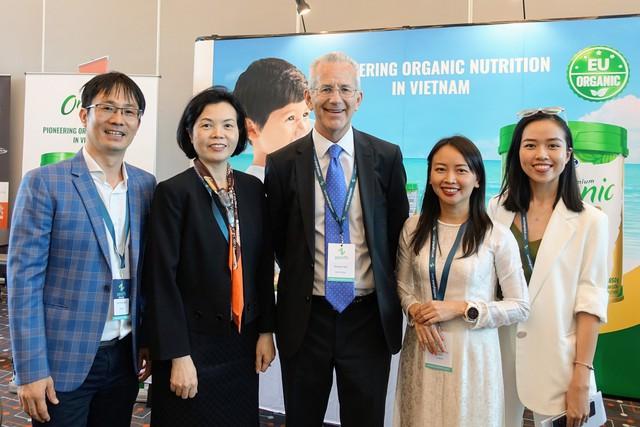 Vinamilk là công ty sữa duy nhất châu Á trình bày về xu hướng Organic tại hội nghị sữa toàn cầu - Ảnh 1.