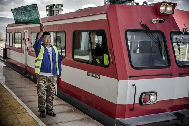 Thảm cảnh đường sắt Trung Quốc xây ở Kenya: Lơ lửng giữa hư vô - Ảnh 4.