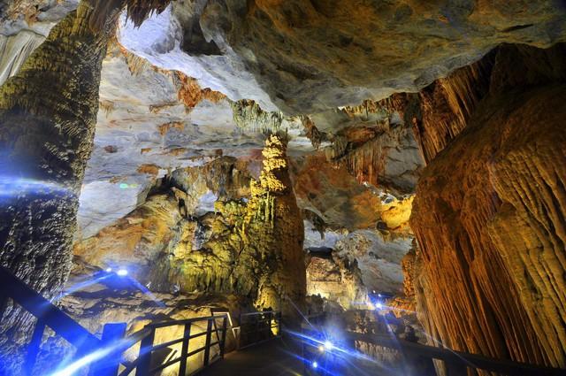 Nóng: Động Thiên Đường ở Quảng Bình được xác lập kỷ lục hang động độc đáo và tráng lệ nhất châu Á - Ảnh 3.