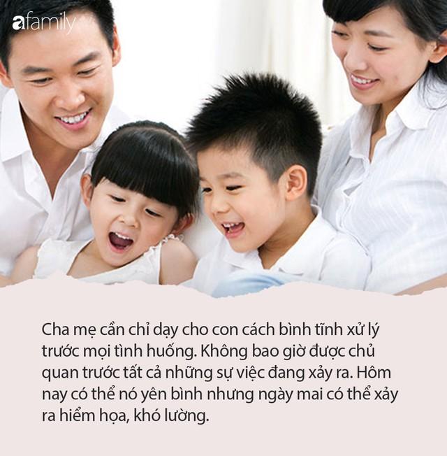 """Hoàng đế Khang Hi: """"Khinh suất việc nước có thể sửa, khinh suất việc dạy con ngàn lần không thể sửa"""" - Ảnh 2."""