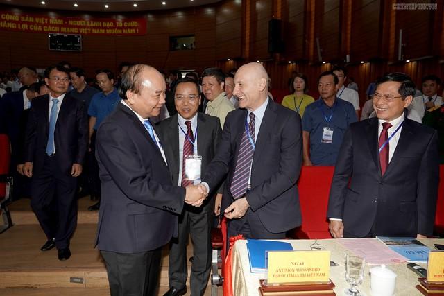 Chùm ảnh: Thủ tướng dự Hội nghị xúc tiến đầu tư, thương mại, du lịch Lào Cai - Ảnh 6.