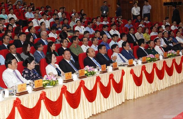 Chùm ảnh: Thủ tướng dự Hội nghị xúc tiến đầu tư, thương mại, du lịch Lào Cai - Ảnh 7.