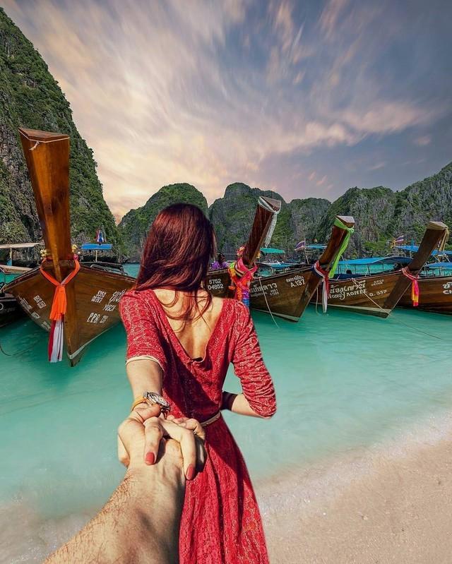 Hàng loạt địa điểm du lịch tuyệt đẹp trên thế giới phải đóng cửa do quá nhiều du khách bu đông bu đỏ check-in - Ảnh 14.