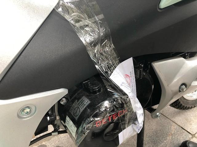 Quản lý thị trường thu giữ nhiều xe máy có dấu hiệu giả công suất động cơ - Ảnh 6.