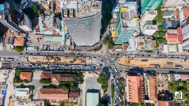Cận cảnh tiến độ dự án cầu Thủ Thiêm 2 vẫn đang ì ạch về đích, kẹt xe nghiêm trọng bắt đầu gia tăng - Ảnh 11.