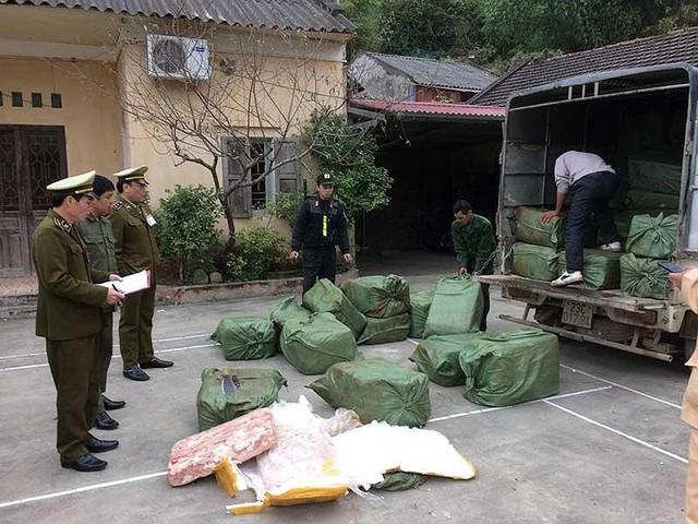 Lo Việt Nam thành bãi rác thịt heo, bò… bẩn - Ảnh 1.