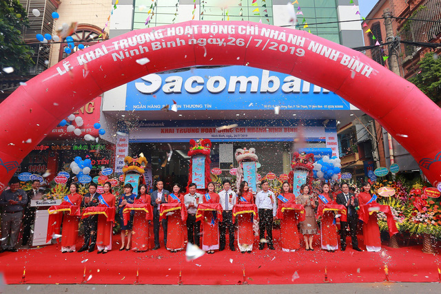Đẩy mạnh Bắc tiến, Sacombank chính thức có mặt tại cố đô Hoa Lư - Ảnh 1.