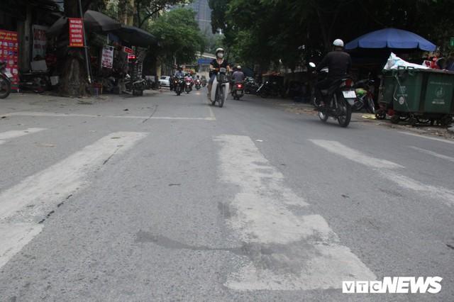 Ảnh: Con đường quan trọng trung tâm Thủ đô rục rịch thi công sau 15 năm đắp chiếu - Ảnh 3.
