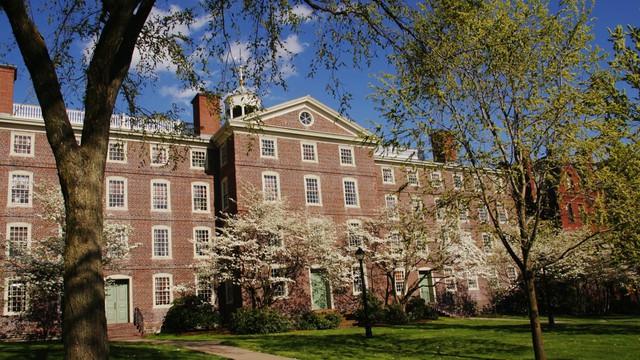Top trường đại học chỉ dành cho con nhà giàu, học phí thấp nhất cũng từ 1.5 tỷ/năm - Ảnh 4.