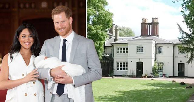 Meghan Markle cấm hàng xóm tiếp xúc với con trai và chó cưng của cô cùng một loạt những quy tắc kỳ quặc, đến Nữ hoàng Anh cũng phải chào thua - Ảnh 1.