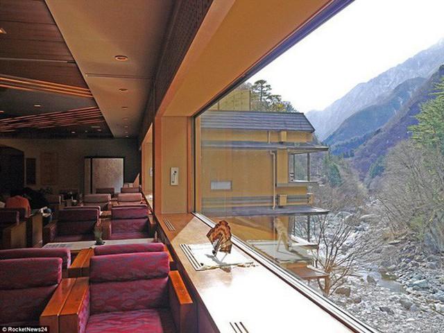 Khách sạn của người Nhật gây sốc cho cả thế giới: Mở cửa đón khách trong suốt 1.314 năm, đặc biệt nhất là những người chủ - Ảnh 7.