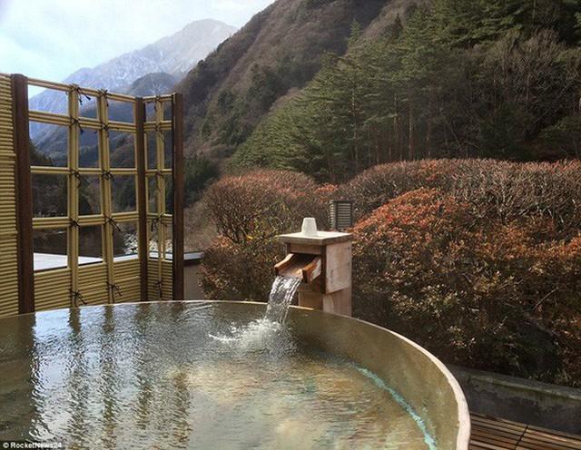 Khách sạn của người Nhật gây sốc cho cả thế giới: Mở cửa đón khách trong suốt 1.314 năm, đặc biệt nhất là những người chủ - Ảnh 9.
