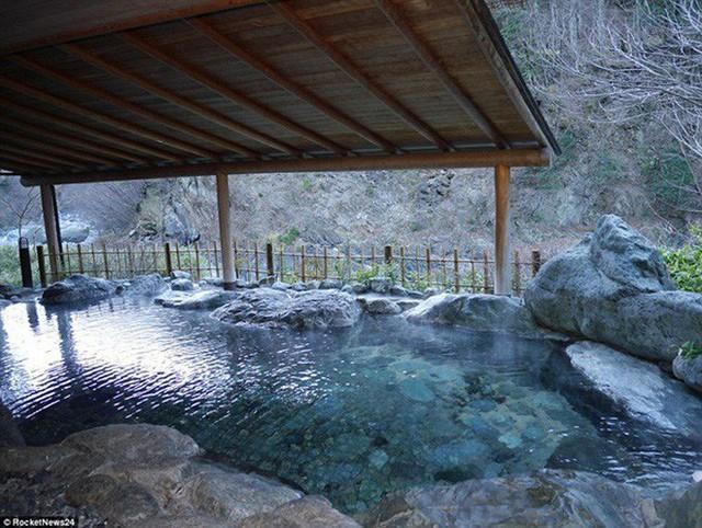 Khách sạn của người Nhật gây sốc cho cả thế giới: Mở cửa đón khách trong suốt 1.314 năm, đặc biệt nhất là những người chủ - Ảnh 4.