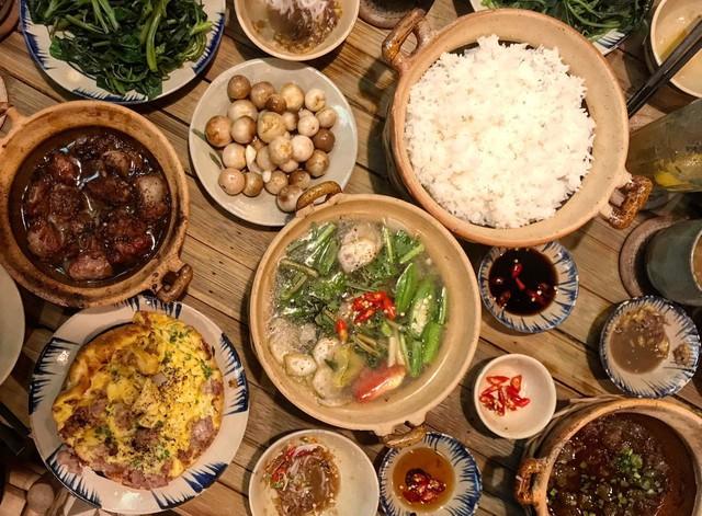 Tình hình ẩm thực Việt ở Malaysia: Phải bỏ các món thịt lợn, phở có thời chẳng ai thèm - Ảnh 6.
