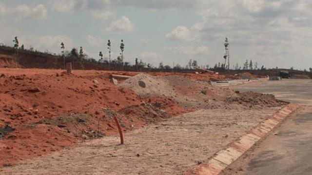 Sân bay Phan Thiết làm nóng giá đất lân cận - Ảnh 1.
