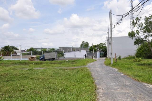 Ảnh: Hàng trăm công trình trái phép mọc trên đất nông nghiệp ở ngoại ô TP.HCM - Ảnh 5.