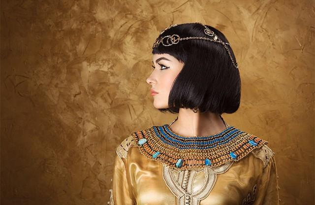 """Bí ẩn cuộc đời Nữ hoàng Cleopatra: Vị nữ vương quyến rũ với tài trí thông minh vô thường và độc chiêu quyến rũ đàn ông """"bách phát bách trúng"""" - Ảnh 8."""