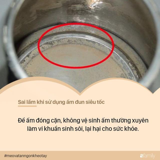 7 sai lầm khi sử dụng ấm siêu tốc có thể khiến ổ điện nổ tung, dễ gây hại đến cả nhà - Ảnh 6.