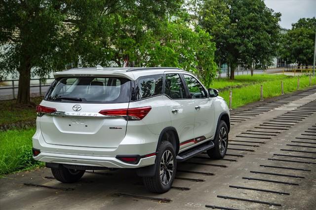 Những mẫu SUV giá mềm đắt khách nhất trong năm 2019 - Ảnh 2.