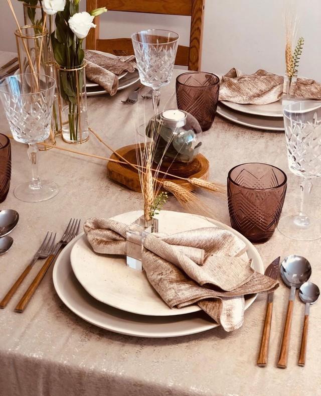 Khăn ăn ở nhà hàng có dùng lau mũi được không, câu trả lời kèm chỉ dẫn cách ăn tiệc sao cho sang ở đây hết nhé chị em! - Ảnh 1.