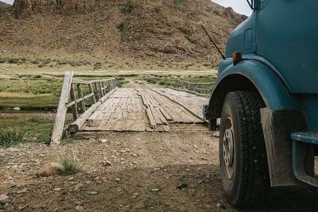 Gia đình nhỏ 3 người đi du lịch khắp nơi trên chiếc xe tải nhỏ, xem xong dân tình chỉ biết thốt lên: Cuộc đời tự do nhất chính là thế này đây! - Ảnh 16.