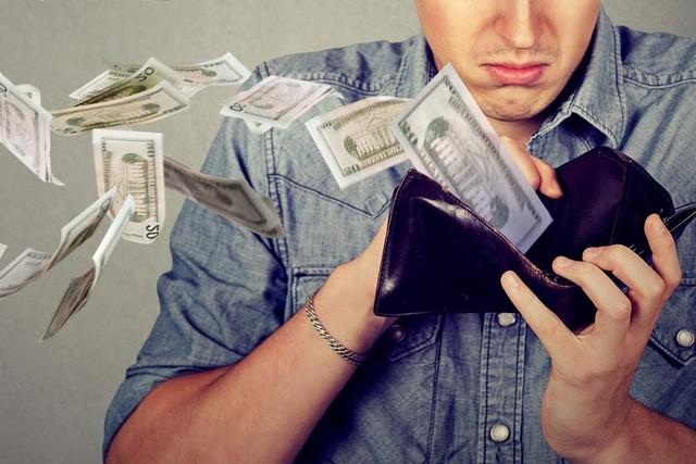 Người giàu cứ giàu lên, còn người nghèo mãi không xu dính túi: Đừng đổ tại hoàn cảnh, vấn đề nằm ở 10 tư duy khác biệt này! - Ảnh 9.