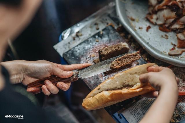 8 cột mốc biến bánh mì Việt từ món ăn vay mượn thành chiếc bánh mì ngon nhất thế giới - Ảnh 6.
