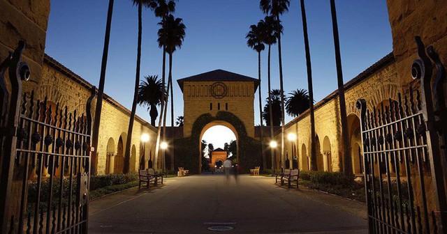 20 trường đại học sản sinh nhiều người siêu giàu nhất thế giới - Ảnh 19.
