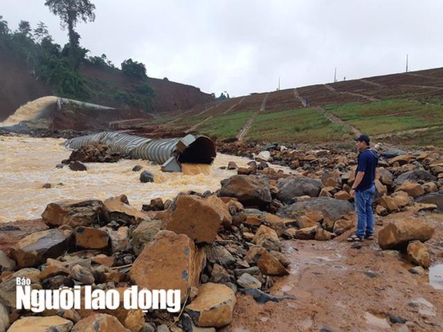 Cận cảnh giải thoát bom nước thủy điện Đắk Kar  - Ảnh 1.