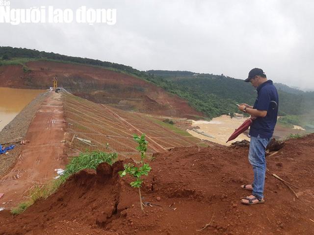 Cận cảnh giải thoát bom nước thủy điện Đắk Kar  - Ảnh 11.