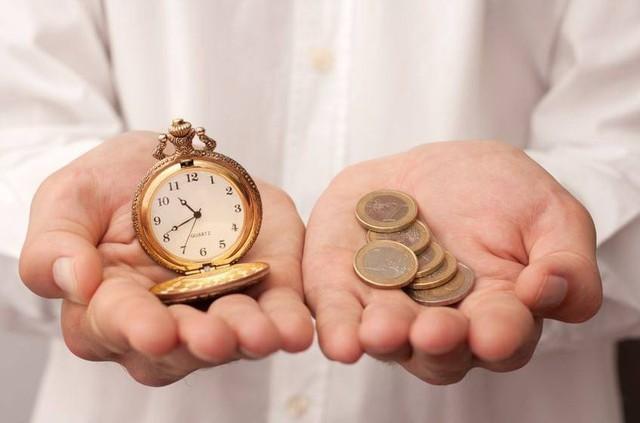 Hy sinh thời gian để kiếm tiền, rồi lại bỏ tiền mua lại thời gian: Nghịch lý trớ trêu nhưng triệu phú tự thân khuyên người khôn ngoan nên làm! - Ảnh 2.