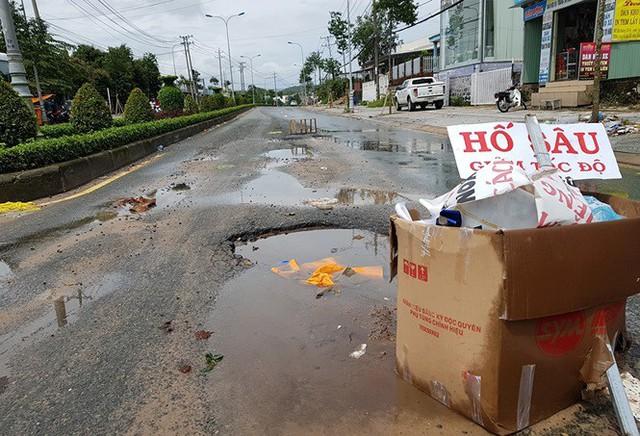 Cuộc sống người dân Phú Quốc bị đảo lộn trong trận lụt lịch sử - Ảnh 11.
