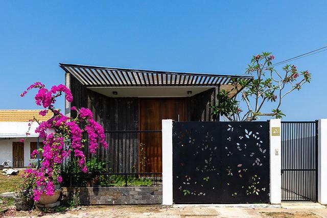 Tuyệt chiêu giúp ngôi nhà ở Quảng Nam quanh năm mát rượi - Ảnh 9.