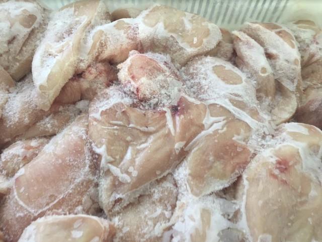 Việt Nam tăng nhập khẩu gà đông lạnh nhanh nhất thế giới - Ảnh 2.