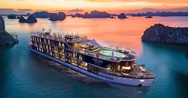 """Du lịch Việt qua góc nhìn của người từng """"làm chui"""" từ 1.000 USD đến loạt du thuyền hàng triệu USD - Ảnh 1."""