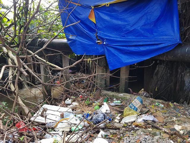 Đường trên đảo Phú Quốc bị tàn phá nghiêm trọng sau trận lụt lịch sử  - Ảnh 10.