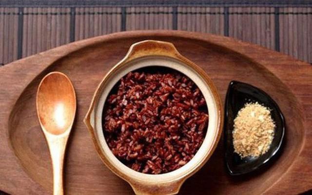 Đừng cố nhai gạo lứt chữa ung thư, giá trị thật của gạo lứt không như mọi người vẫn nghĩ! - Ảnh 1.