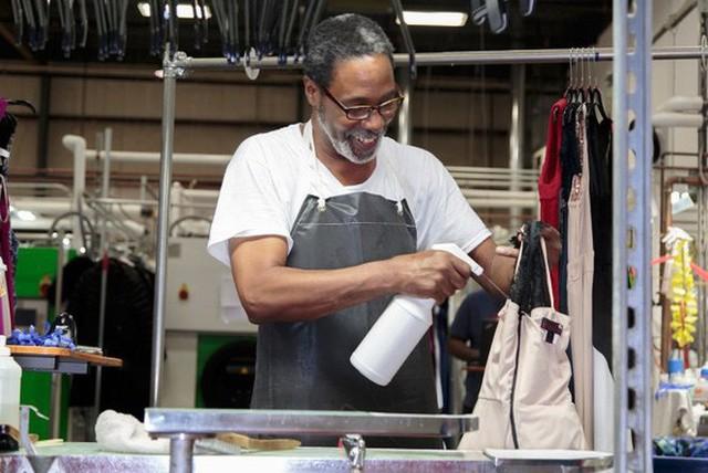 """Startup tỷ đô cho thuê trang phục từ các thương hiệu Calvin Klein, Coach, Fila,.. với giá rẻ hơn cả chục lần, giúp hội chị em giải bài toán """"Không có gì để mặc hết!"""" - Ảnh 6."""