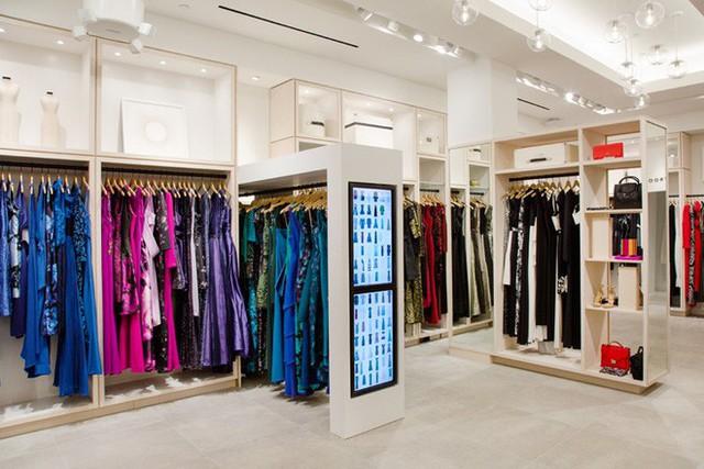 """Startup tỷ đô cho thuê trang phục từ các thương hiệu Calvin Klein, Coach, Fila,.. với giá rẻ hơn cả chục lần, giúp hội chị em giải bài toán """"Không có gì để mặc hết!"""" - Ảnh 8."""