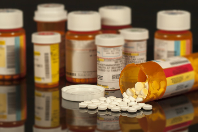 Những lưu ý khi hạ sốt cho trẻ bằng Paracetamol để tránh bị ngộ độc: Phụ huynh Việt cần tuyệt đối nhớ! - Ảnh 1.