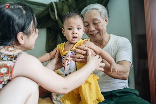 Nhật kí lần đầu làm bố mẹ của cặp vợ chồng U60 ở Hà Nội: Thỏ à, con là món quà vô giá! - Ảnh 18.