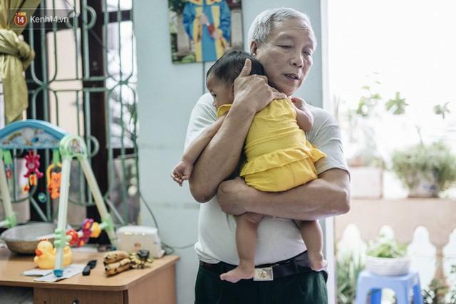 Nhật kí lần đầu làm bố mẹ của cặp vợ chồng U60 ở Hà Nội: Thỏ à, con là món quà vô giá! - Ảnh 8.