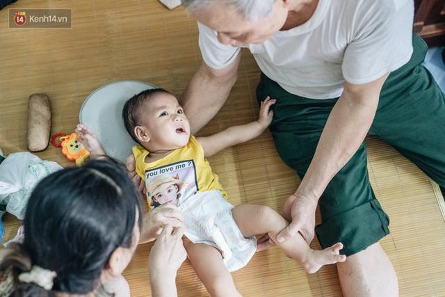 Nhật kí lần đầu làm bố mẹ của cặp vợ chồng U60 ở Hà Nội: Thỏ à, con là món quà vô giá! - Ảnh 10.