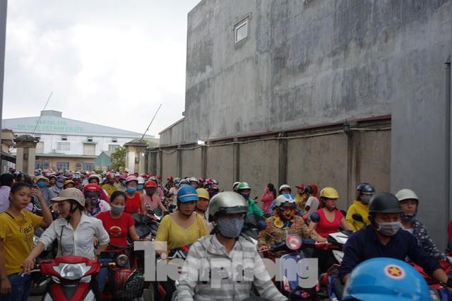 Chủ doanh nghiệp Đài Loan biến mất cùng cục nợ 30 tỷ: Công nhân ngồi trên lửa - Ảnh 2.