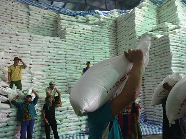 Nông dân trồng mía ở Sơn La và nỗi ám ảnh đường lậu - Ảnh 2.