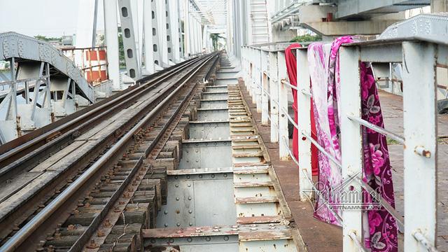 Ngắm từ trên cao cầu đường sắt 117 năm tuổi ở Sài Gòn sắp tháo dỡ - Ảnh 20.