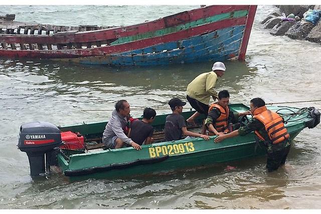 Tin bão khẩn cấp: Bão số 3 giật cấp 12 đang cách đất liền Quảng Ninh-Hải Phòng 180km - Ảnh 1.