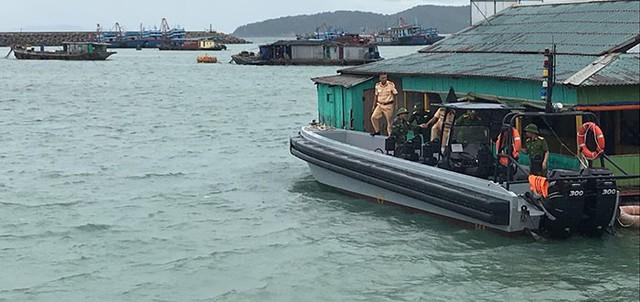 Hình ảnh mới nhất tại Quảng Ninh và Hải Phòng trước giờ bão số 3 đổ bộ - Ảnh 10.