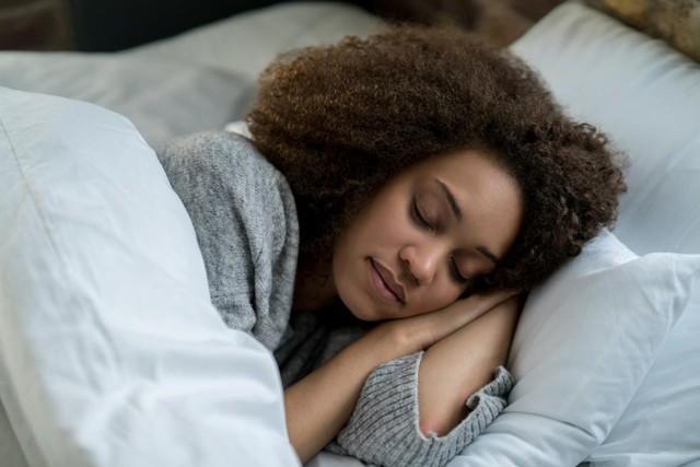 Từ cô bồi bàn nghiện hút thuốc đến HLV gym của Kim Kardashian: Cuộc sống đổi thay hoàn toàn nhờ dậy lúc 4h và bỏ bữa sáng!  - Ảnh 8.