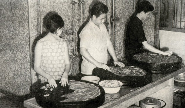 Chân dung tập đoàn Singapore với 3.000 nhân viên đi lên từ xe thịt nướng bán rong vỉa hè - Ảnh 4.